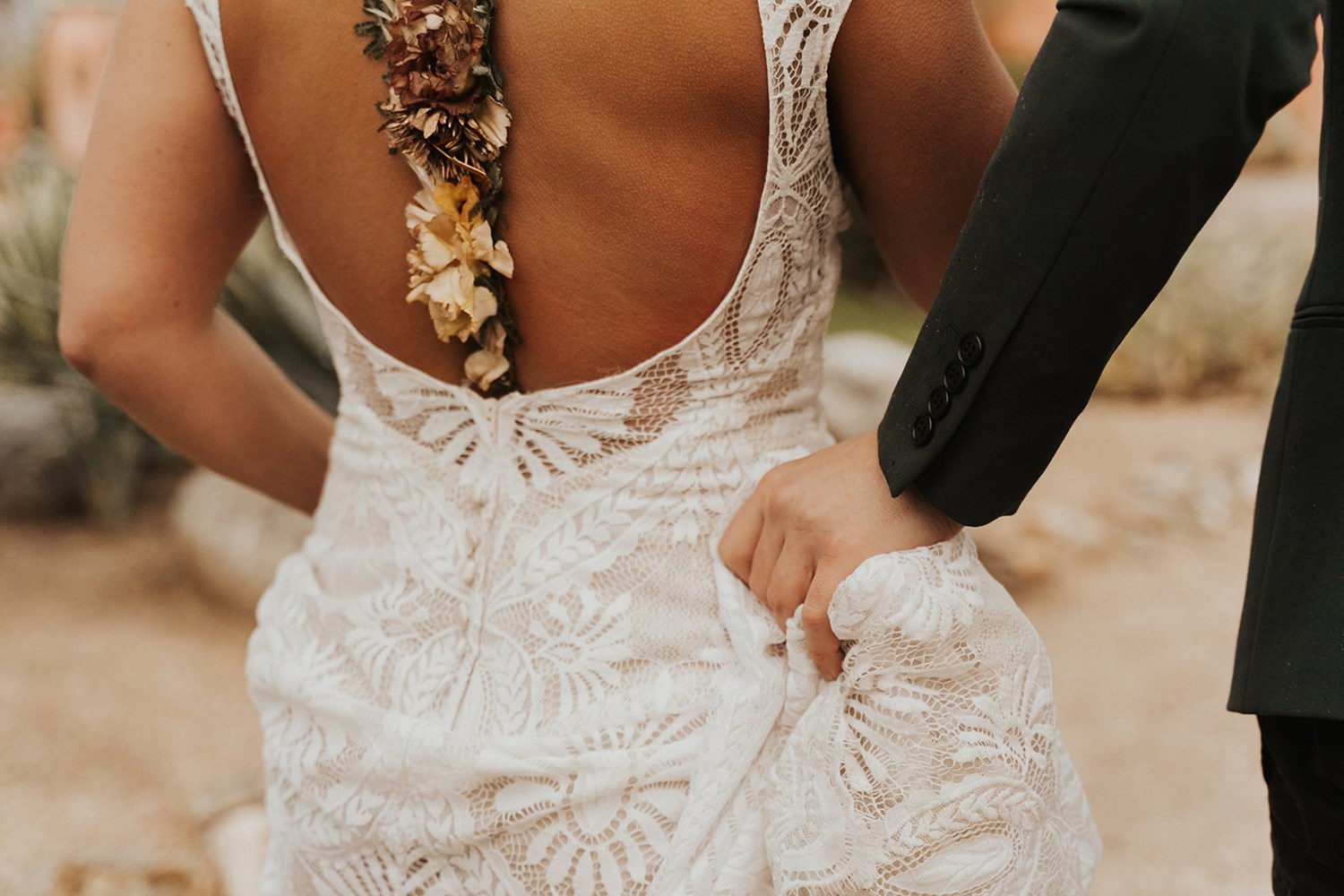 desertshootout_cait_cophoto-0123.jpg Bohemian Palm Springs Wedding Inspiration with a Modern Twist